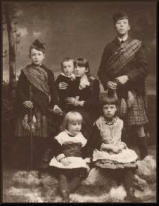 The 6 Children Image